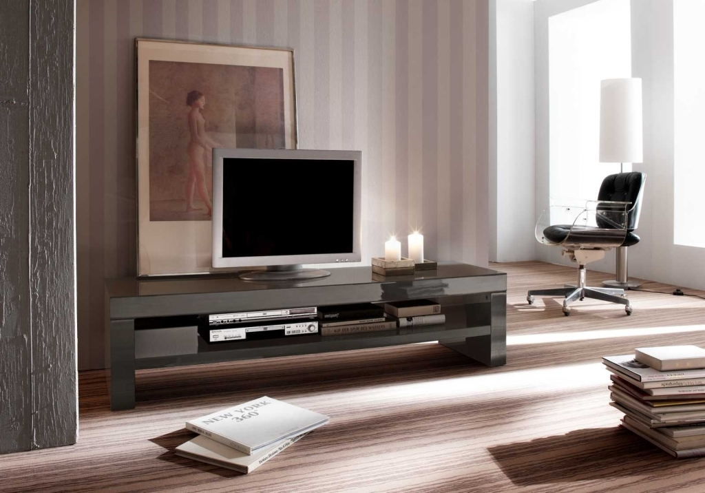 tv lowboard industrial inspirierendes design f r wohnm bel. Black Bedroom Furniture Sets. Home Design Ideas