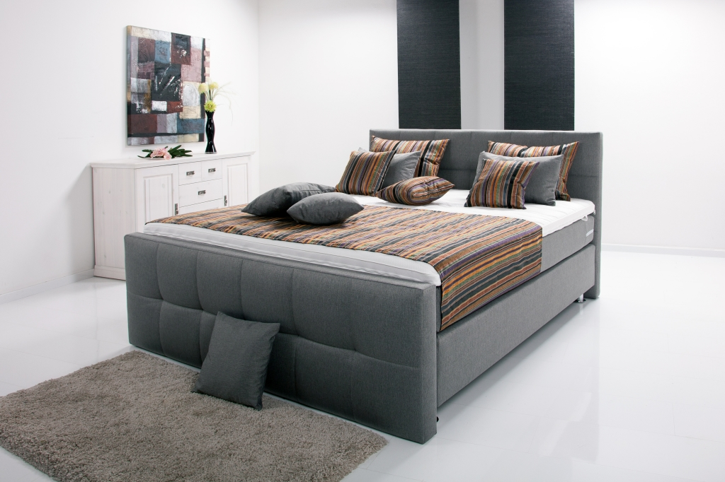 boxspringbett europa 180x200cm grau mega m bel. Black Bedroom Furniture Sets. Home Design Ideas