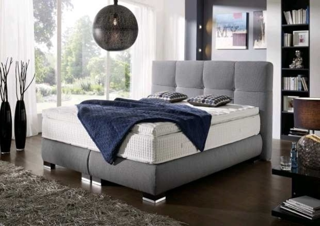 boxspringbett mit motor premium 180x200cm grau wei mega m bel. Black Bedroom Furniture Sets. Home Design Ideas
